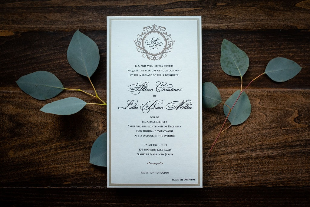 CLASSIC ROMANCE WEDDING INVITATIONS PHOTO 3