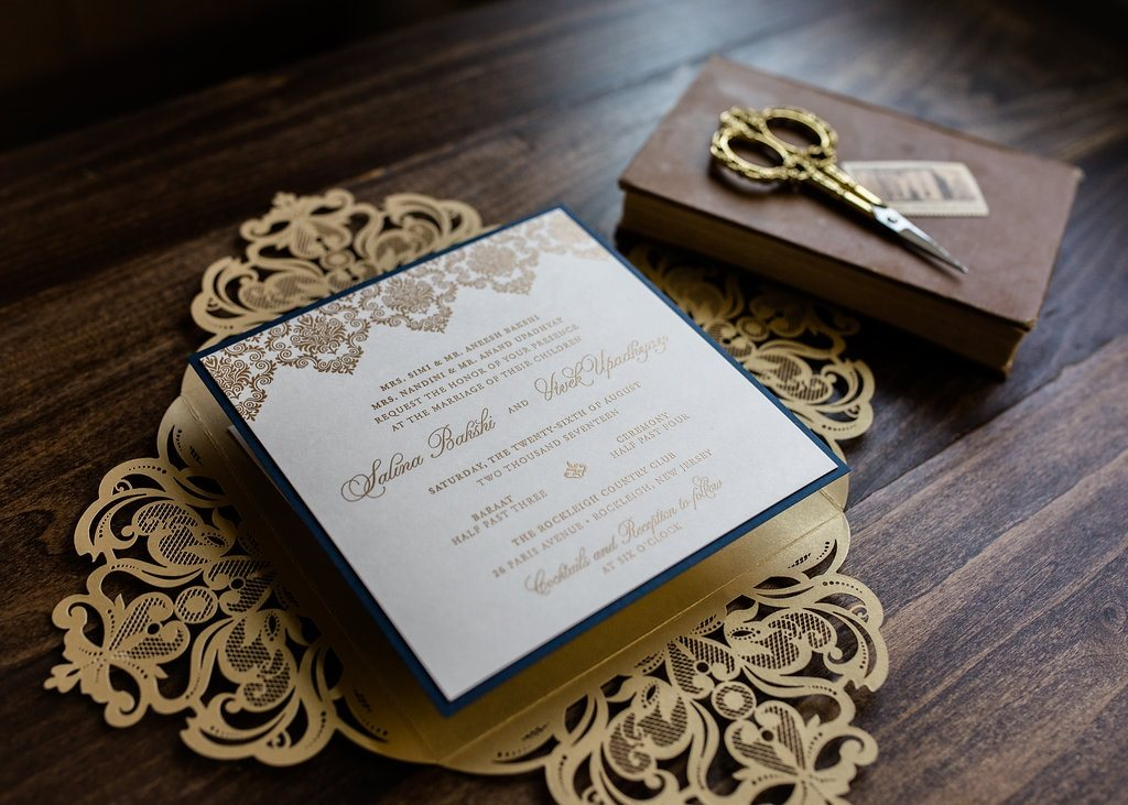 SQUARE LUXE LASER-CUT WEDDING INVITATIONS PHOTO 4