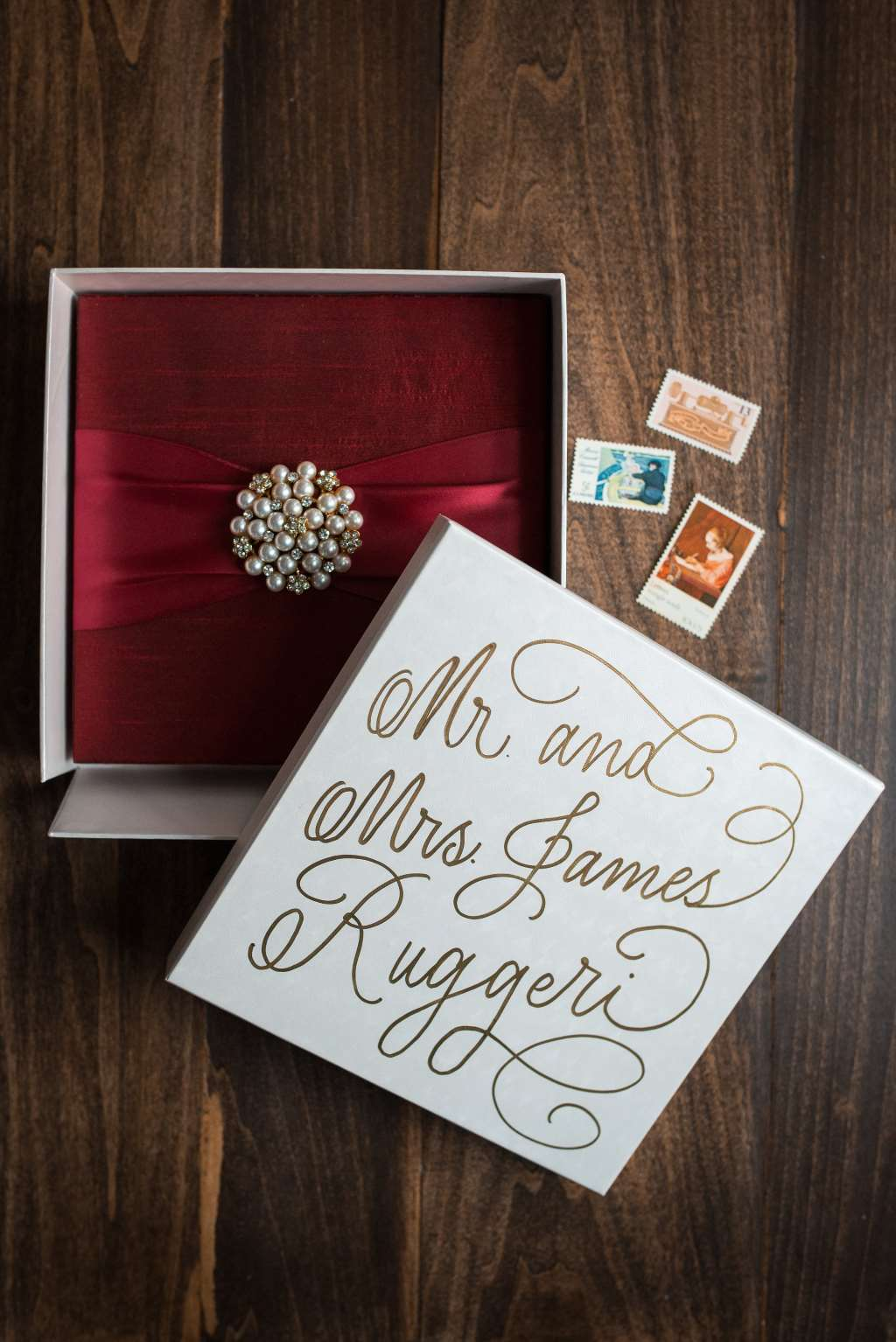 STUNNING SILK BOX WEDDING INVITATIONS PHOTO 2