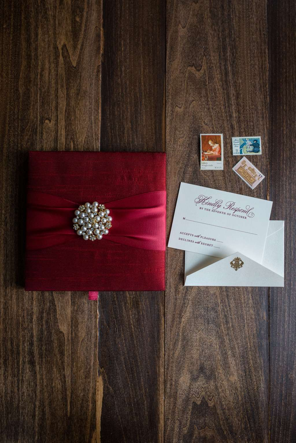 STUNNING SILK BOX WEDDING INVITATIONS PHOTO 3