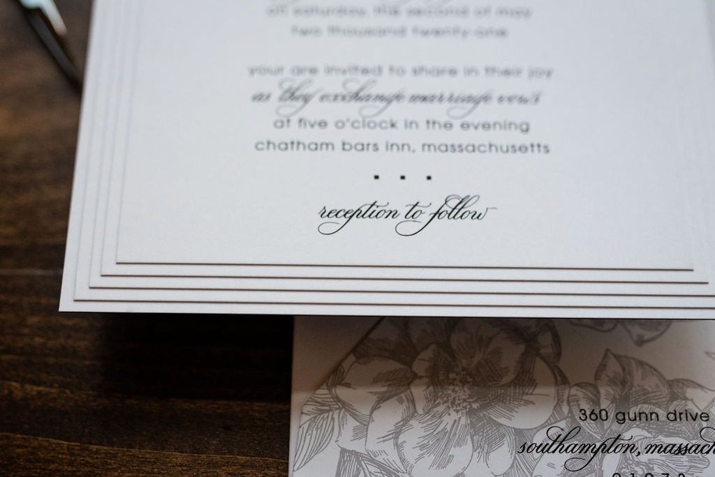 LOVELY LAYERS WEDDING INVITATIONS PHOTO 3